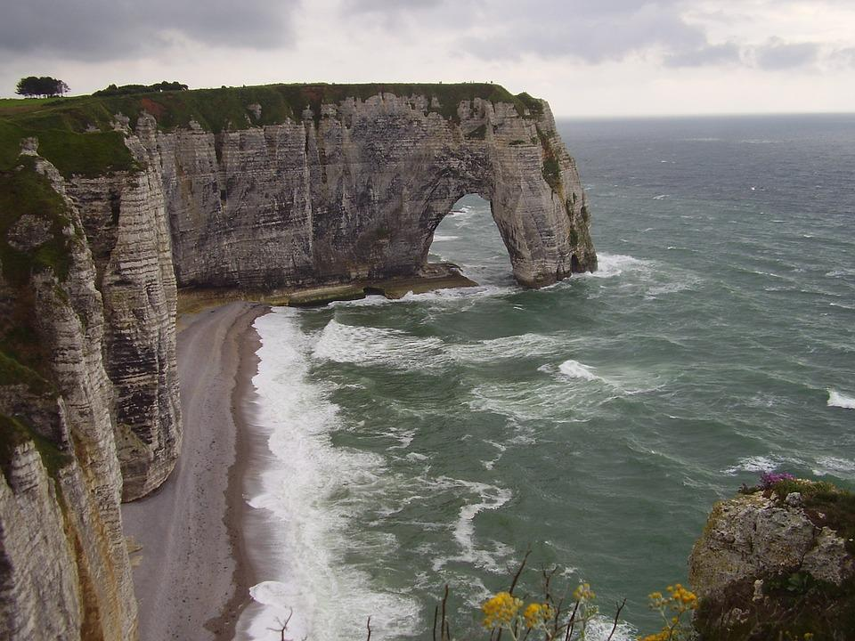 Cliffs Etretat Maneporte