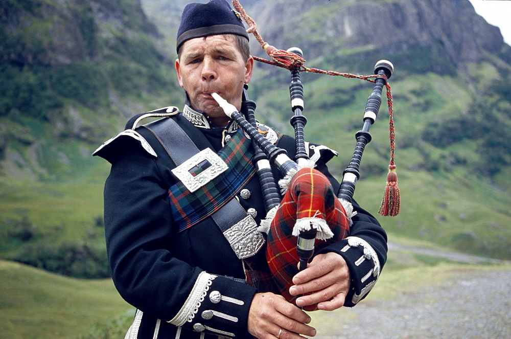 Learning to play the bagpipes is one way to make 2019 your greatest year ever.
